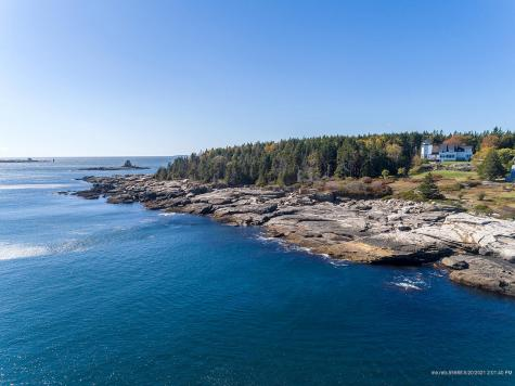 53 Cunner Rock Road Boothbay ME 04544