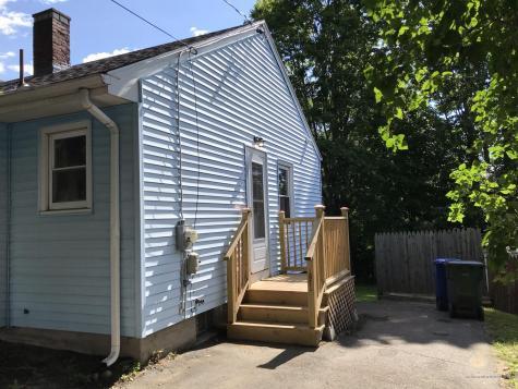 8 Grandview Avenue South Portland ME 04106