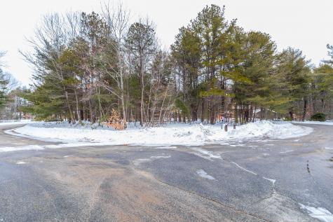 12 Ottawa Woods Road Scarborough ME 04074