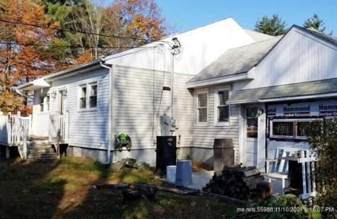 40 Old Winthrop Road Manchester ME 04351
