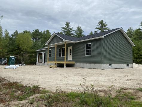 689 Middle Road Standish ME 04085