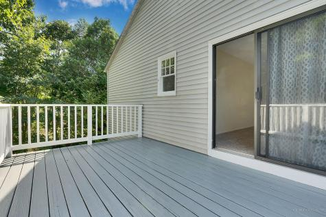 13 Middle Road Falmouth ME 04105