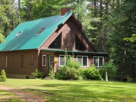 11 Woodland Harrison ME 04040