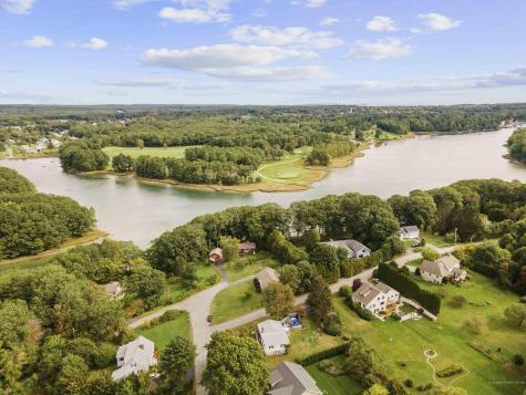 7 River Meadow Lane York ME 03909