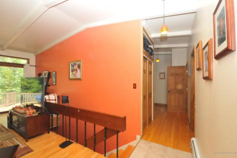8 Old Kelley Avenue Orono ME 04473