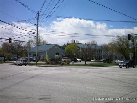 744 Roosevelt Trail Route Windham ME 04062