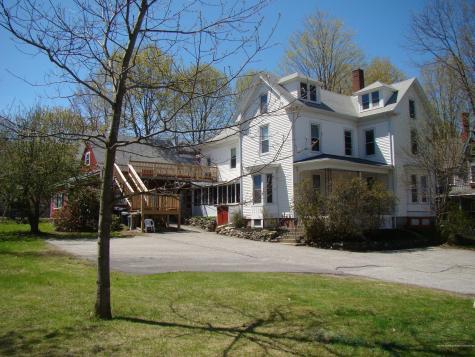 15 Forest Avenue Auburn ME 04210