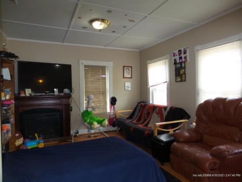 8-10 Preble Hill Road Vassalboro ME 04989