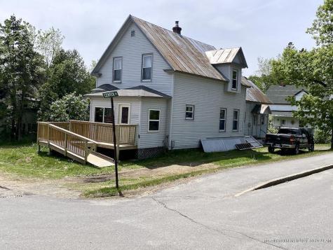 28 School Street Rangeley ME 04970