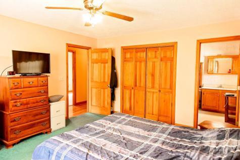 107 Perkins Street Norridgewock ME 04957