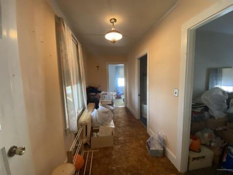 18 Bellevue Street Winslow ME 04901