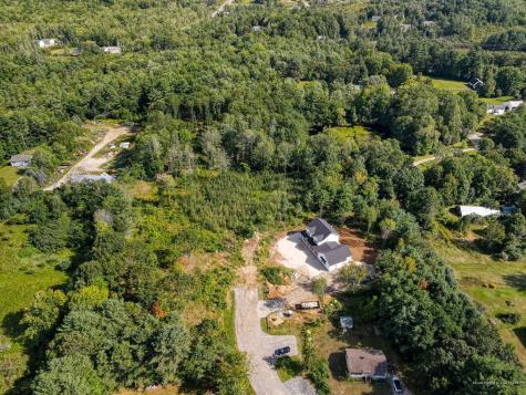 8 Newbury Ridge Windham ME 04062