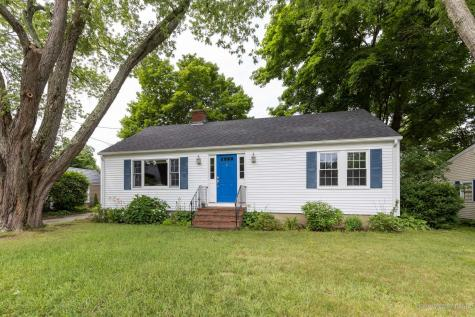 5 Colonial Road Kittery ME 03904