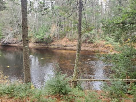 20 Crooked River Road Otisfield ME 04270