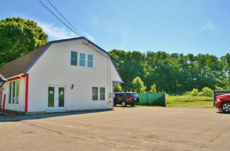 325 Old County Road Rockland ME 04841