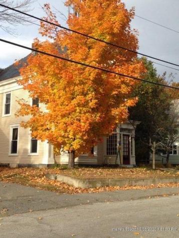 25 Oak Street Old Town ME 04468