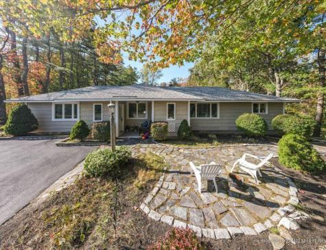 138 Middle Road Falmouth ME 04105