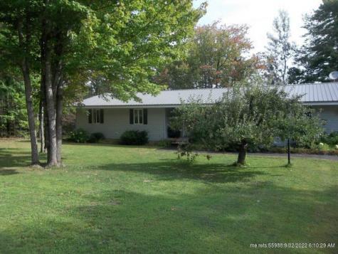 70 Ridgewood Drive Baileyville ME 04694