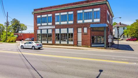 2 Bangor Street Augusta ME 04330