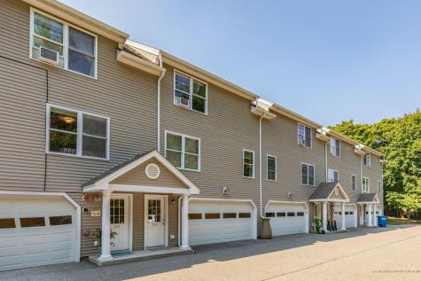 204 Coastal Woods Circle Kittery ME 03904