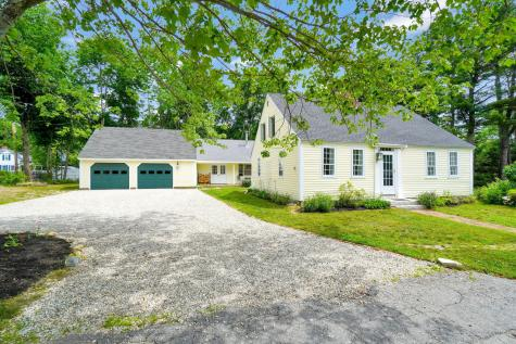 267 Foreside Road Falmouth ME 04105