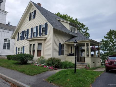 21 Fort Hill Street Wiscasset ME 04578