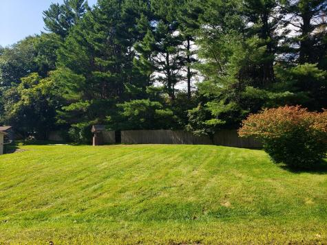 17 Lakeview Drive Oakland ME 04963