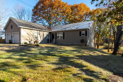 64 Cutts Road Kittery ME 03904