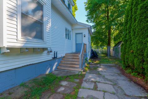 215 Winter Street Auburn ME 04210