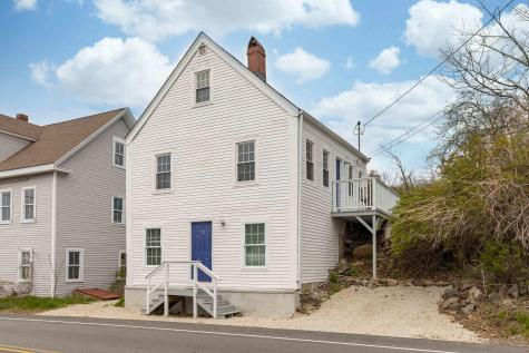 22 Bridge Street Kittery ME 03904