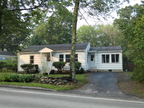 77 Lunt Road Falmouth ME 04105