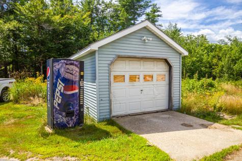 425 Augusta-Rockland Road Windsor ME 04363