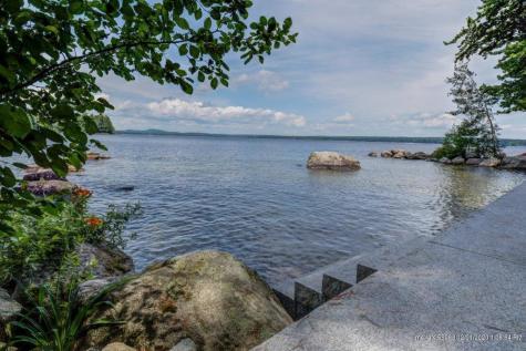 40 Papoose Island Road Raymond ME 04071