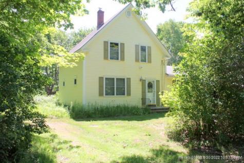 790 Pownal Road Auburn ME 04210