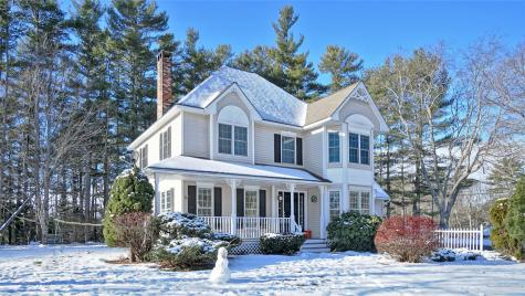 1 Twin Pond Road Topsham ME 04086