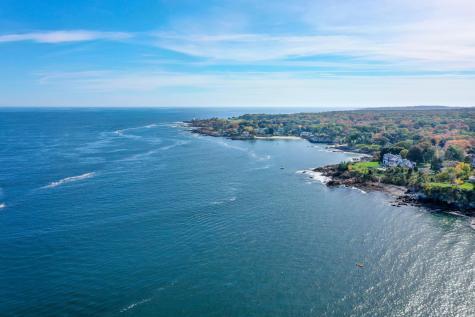 588 Shore Road Cape Elizabeth ME 04107