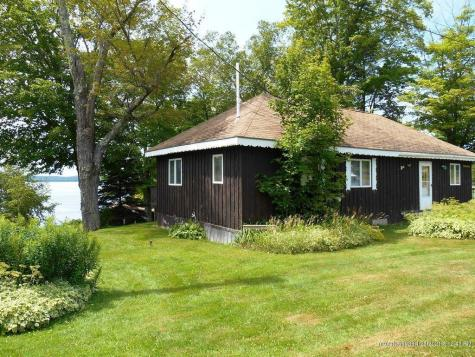 11 Lyons Lane Rangeley ME 04970