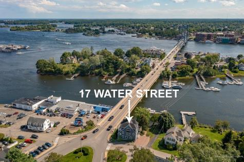 17 Water Street Kittery ME 03904