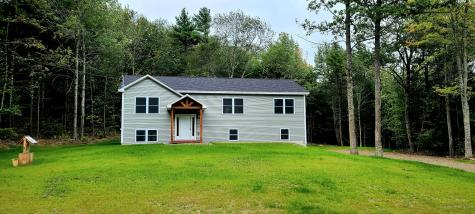 18 Waterford Drive Windsor ME 04363