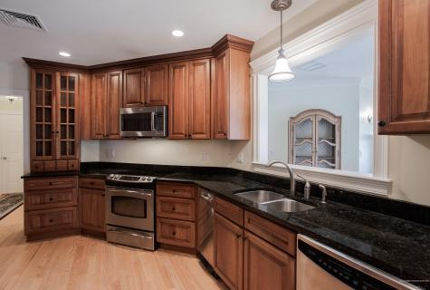 100 Shepards Cove Road Kittery ME 03904