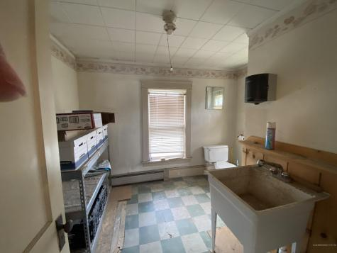 43 Fleming Street Lincoln ME 04457