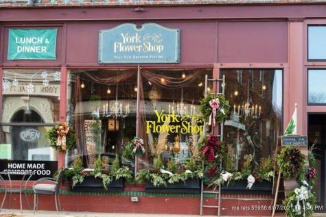 64 Woodside Meadow Road York ME 03909