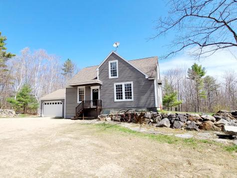 17 Black Cat Road Raymond ME 04071