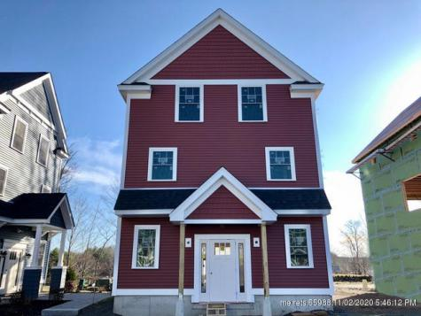 52 Landmark Hill Square Kittery ME 03904
