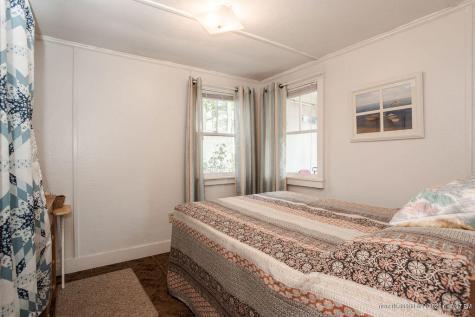 33 Norton Avenue York ME 03909