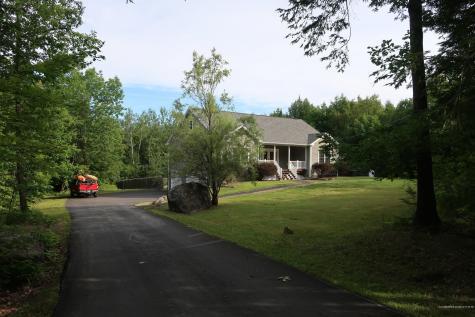 81 Fowler Road Hampden ME 04444