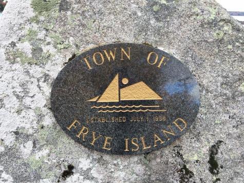 1962 Ridge Road Frye Island ME 04071