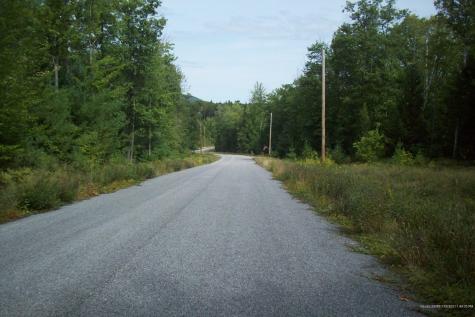 5 Oak Woods Drive Hiram ME 04041
