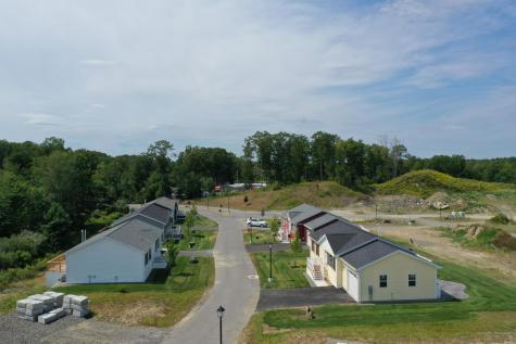 46 Settlement Loop Kittery ME 03904