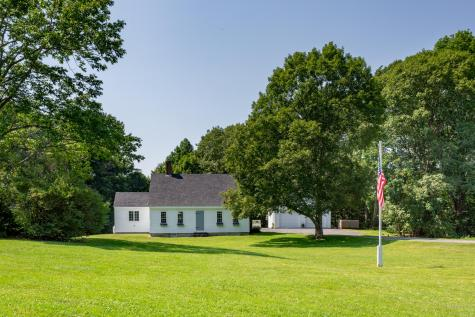 67 Wiscasset Road Boothbay ME 04537